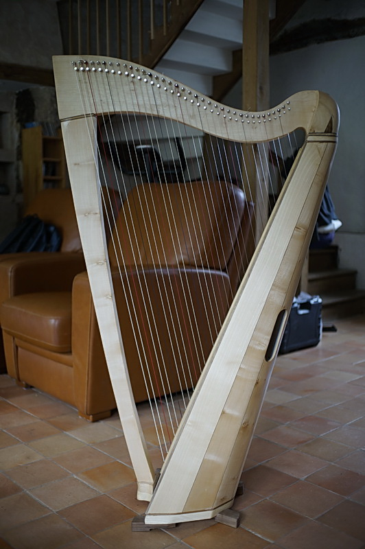 Construction d'une harpe celtique de 36 cordes 52